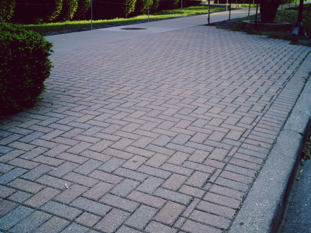 Professional Suffolk County Brick Pavers